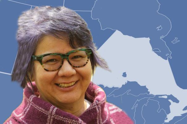 Le Chef national de l'Assemblée des Premières Nations, Perry Bellegarde, félicite RoseAnne Archibald, la Chef régionale de l'Ontario nouvellement élue